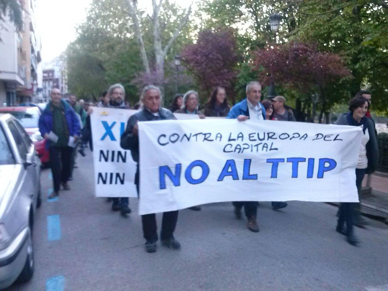 Voces contra el TTIP desde las calles de Cuenca
